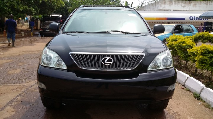 Used Lexus 2004 – Black full